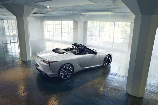 Detroit : concept Lexus LC Convertible
