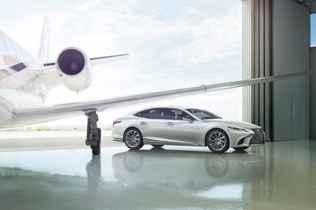 Detroit : nouvelle Lexus LS
