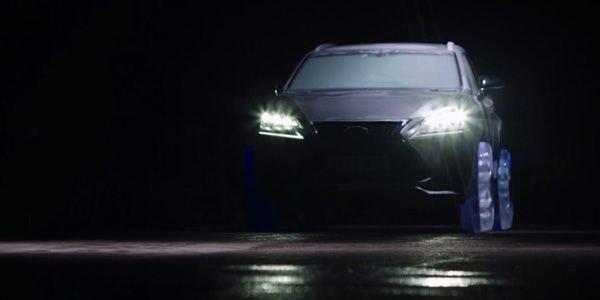 Insolite : un Lexus NX chaussé de roues en glace