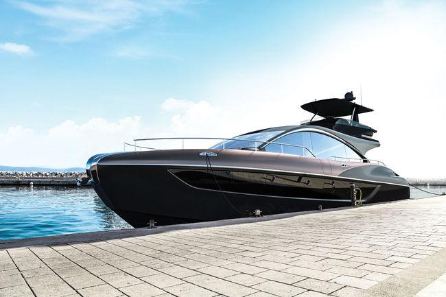Lexus présente son yacht LY 650
