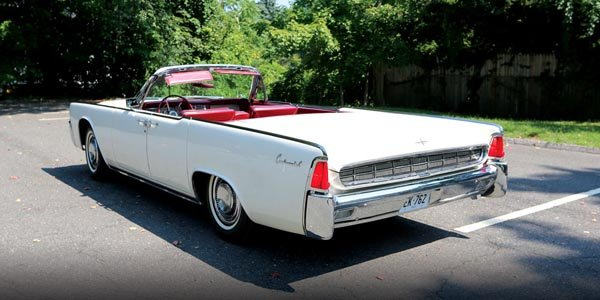 A vendre: Lincoln Continental ex-JFK