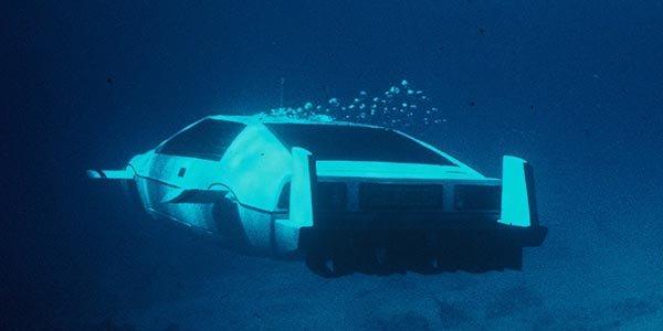La Lotus Esprit de 007 aux enchères