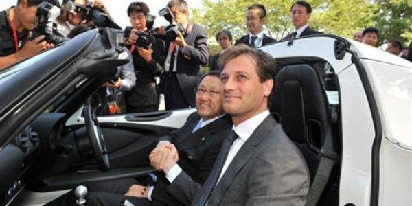 Lotus et Toyota s'engagent un peu plus