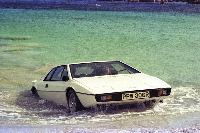 Une Lotus Evora en hommage à James Bond