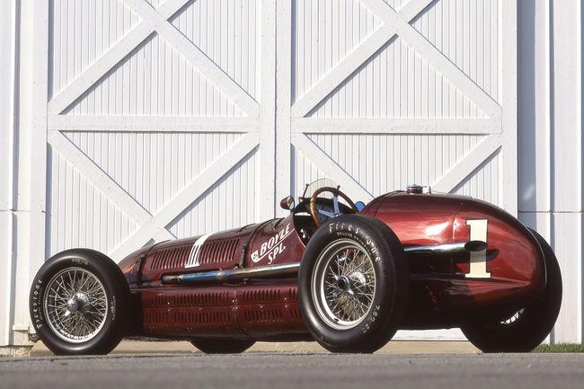 Anniversaire : victoire de la Maserati 8CTF à Indy 500
