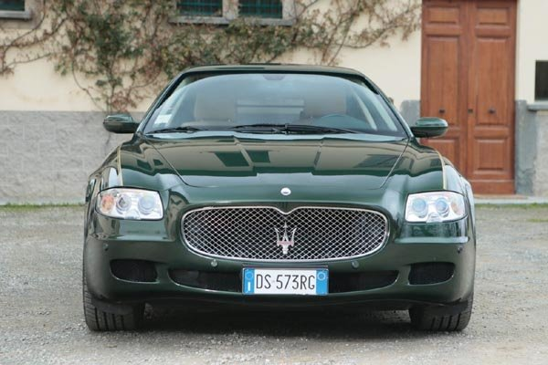 un break maserati quattroporte vendre actualit automobile motorlegend. Black Bedroom Furniture Sets. Home Design Ideas