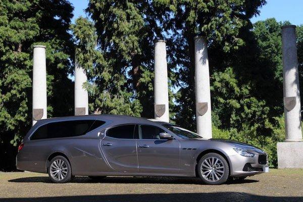 Insolite : une Maserati Ghibli pour corbillard
