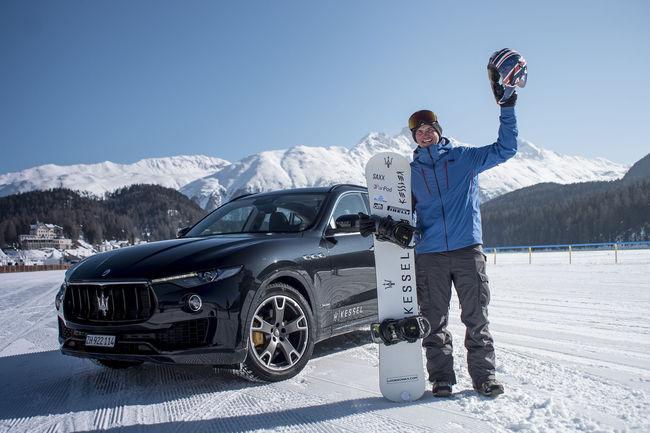 Record : 151 km/h en snowboard derrière un SUV Levante