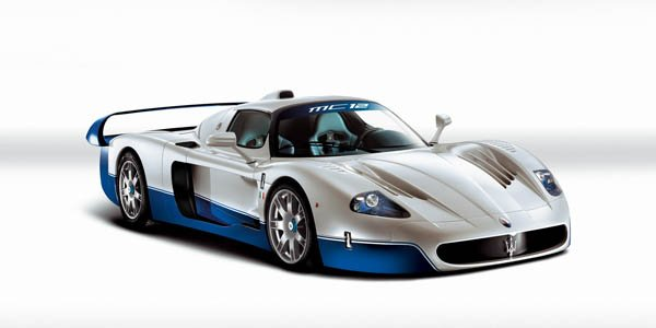 Maserati pourrait ressortir la MC12