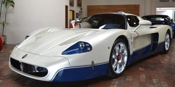 Une Maserati MC12 en vente sur ebay