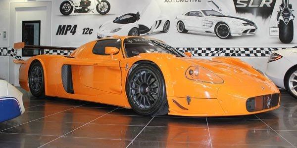 A vendre : deux Maserati MC12