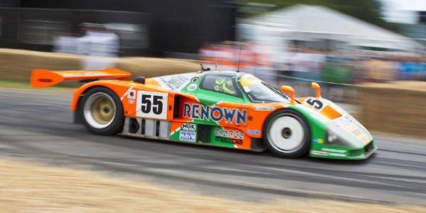 Valentino Rossi essaie la Mazda 787B à Goodwood