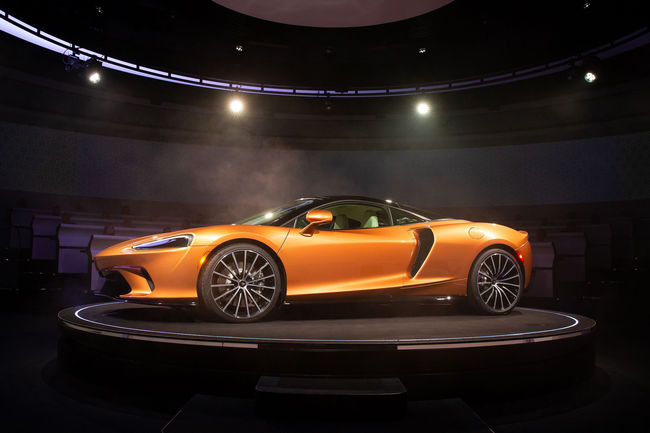 McLaren offre un Grand Tour à sa nouvelle GT