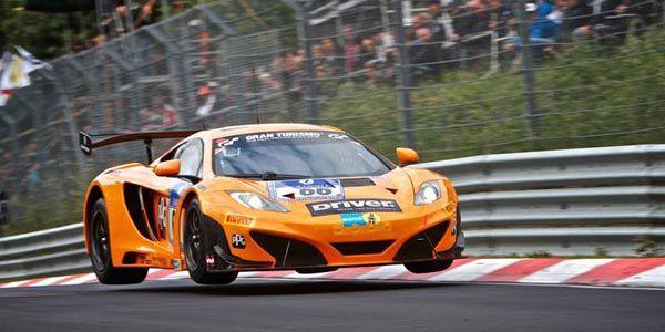 Tour record sur le Ring en McLaren 12C GT3
