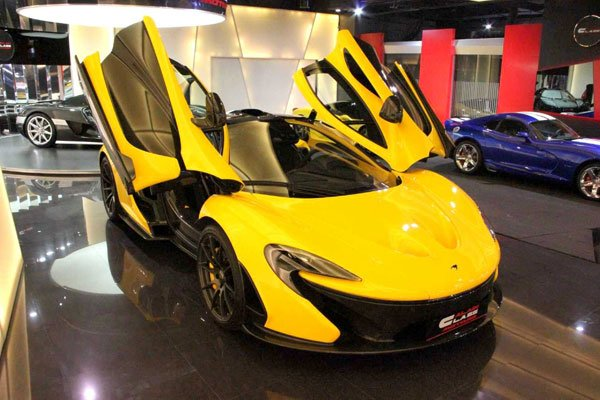une premi re mclaren p1 d 39 occasion actualit automobile motorlegend. Black Bedroom Furniture Sets. Home Design Ideas