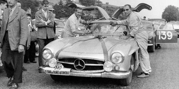Une Mercedes 300 SL ex-Moss à la vente RM Sotheby's de NYC