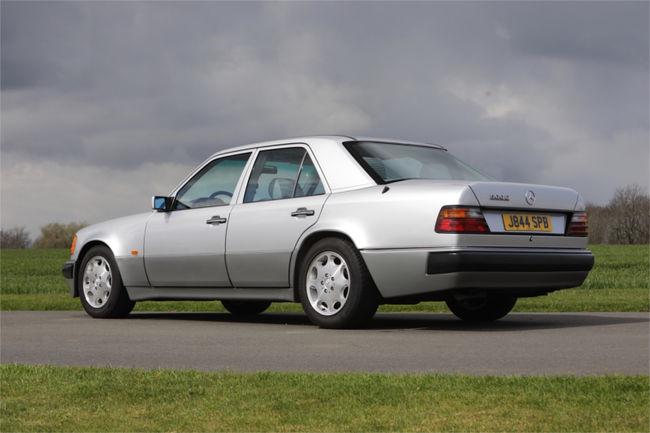 Offrez-vous la Mercedes 500 E de Mr Bean