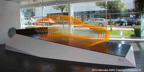 La Mercedes AMG GT s'expose en sculpture