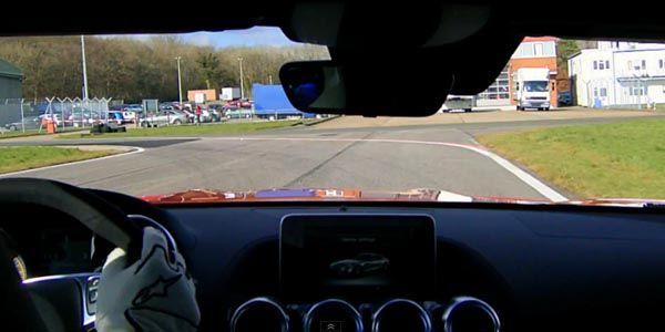 Un tour avec le Stig en Mercedes-AMG GT S