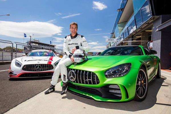 Record du tour pour la Mercedes-AMG GT R à Bathurst