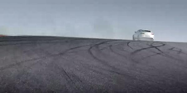 Mercedes-AMG C63 S Coupé : dernier teaser