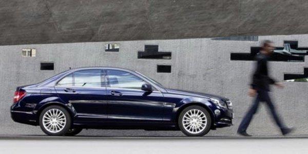 La Mercedes Classe C restylée à Detroit