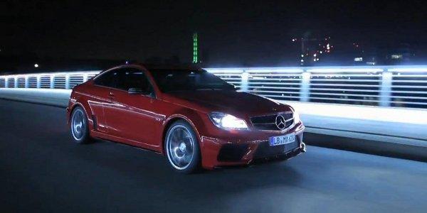 Le Mercedes C63 AMG Coupé en vidéo