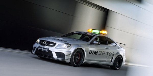 Une Mercedes C63 AMG comme Safety Car