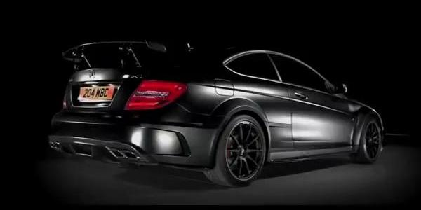 Mercedes C63 AMG Black Serie : Dark Side