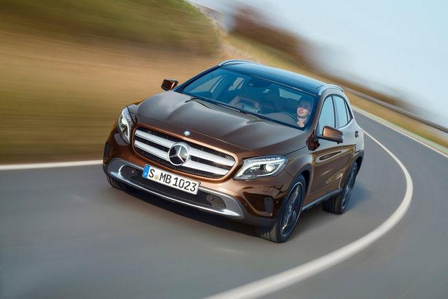 Un teaser pour le Mercedes GLA restylé