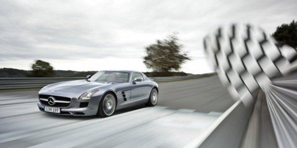 Mercedes SLS AMG : les premières photos
