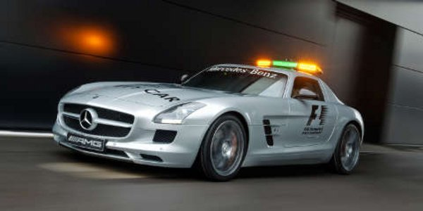 Mercedes SLS AMG Safety Car F1 2010