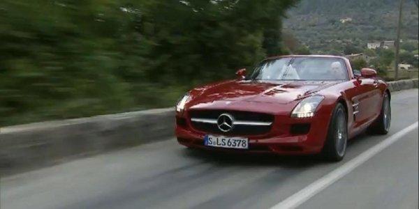 Le Mercedes SLS AMG Roadster en vidéos