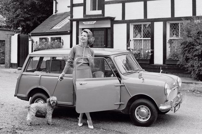 Les 60 ans de la Mini fêtés à Rétromobile