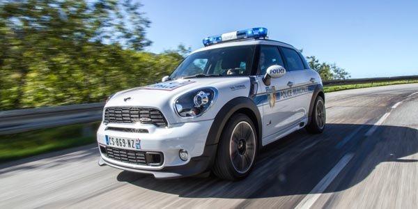 La Police de Val Thorens roule en Mini
