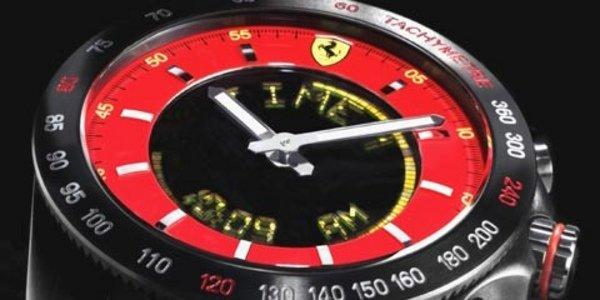 Une montre et un téléphone chez Ferrari