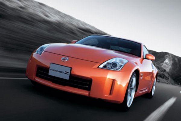 petite mise jour pour la nissan 350z actualit automobile motorlegend. Black Bedroom Furniture Sets. Home Design Ideas