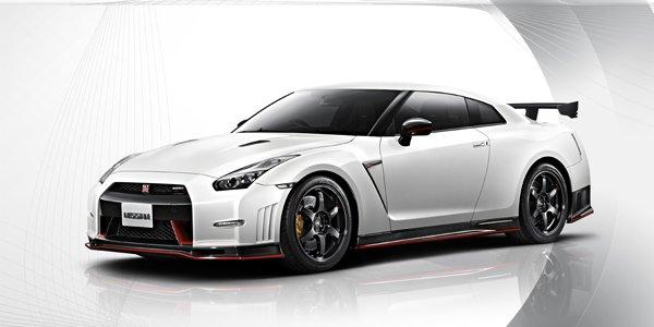 """Nissan GT-R Nismo : 7'08""""68 sur le Ring"""