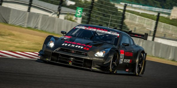 La Nissan GT-R GT500 avec un 4 cylindres