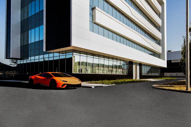 Lamborghini inaugure de nouveaux locaux à Sant'Agata Bolognese