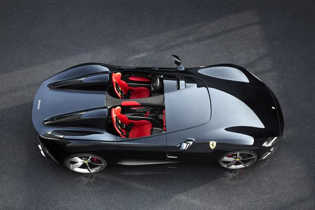 Les Ferrari Monza SP1 et SP2 inaugurent la gamme Icone