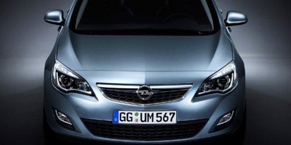 Opel Astra dans la lignée de l'Insignia