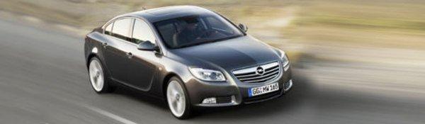 L'Opel Insignia sait lire les panneaux !