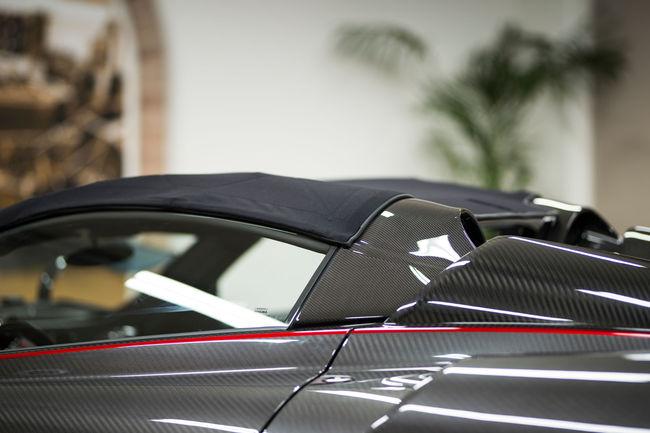 Un toit souple pour la Pagani Huayra Roadster