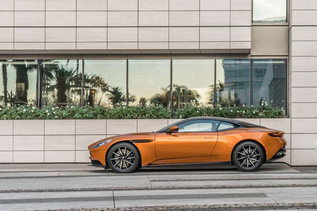 Aston Martin et Waldorf Astoria partenaires