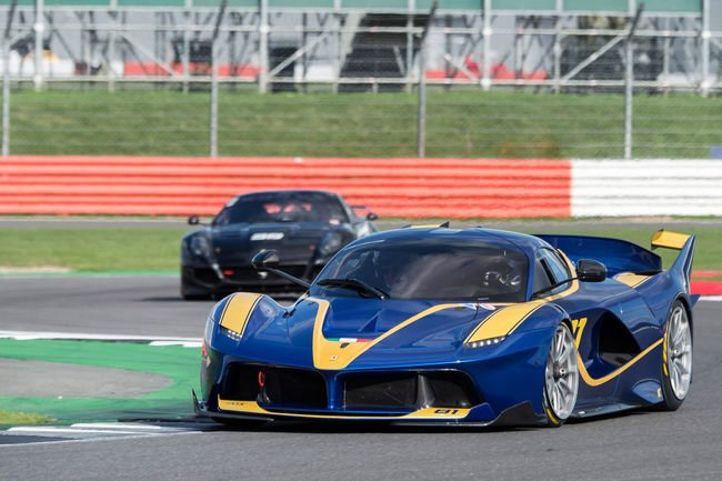 Rassemblement Passione Ferrari à Silverstone