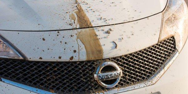 Finie la corvée du lavage ? Nissan dévoile une peinture autonettoyante