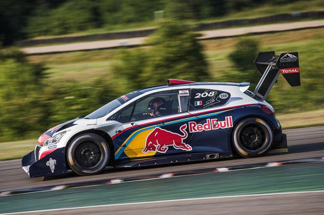 LGHA : Loeb et sa Peugeot 208 T16 Pikes Peak présents