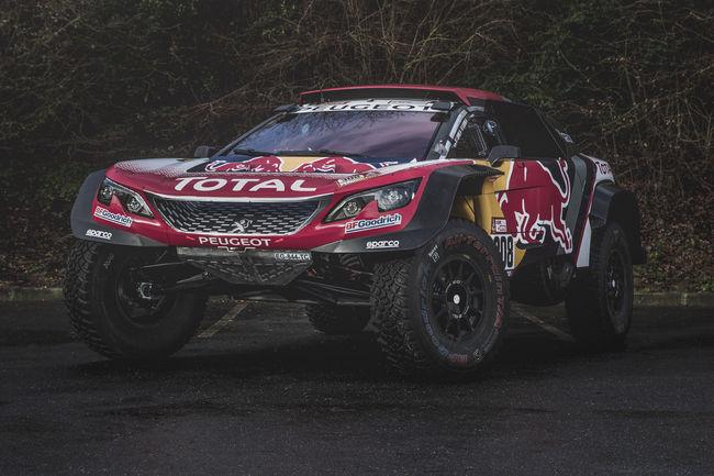 Dakar : les Peugeot 3008DKR Maxi prêts pour le triplé