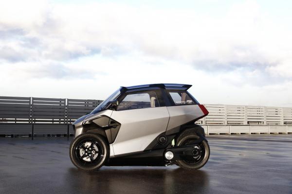 Peugeot présente un nouveau véhicule léger électrifié